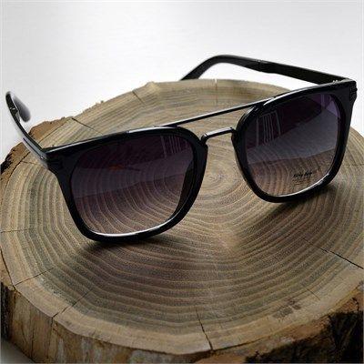 Erkek wayfarer siyah güneş gözlüğü modellerini en ucuz fiyatlarıyla kapıda ödeme ve taksit ile Outlet Çarşım'dan satın al.