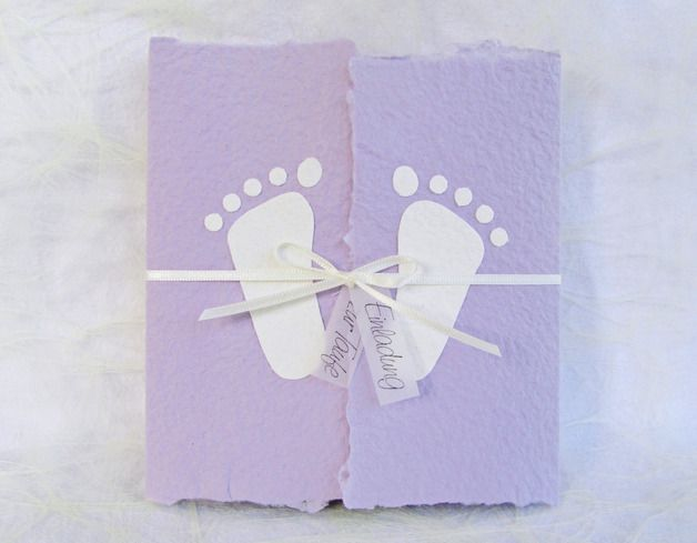 """Einladungskarten - Handgeschöpfte Taufeinladung """"Füsschen wei... - ein Designerstück von Lissis-Living-Moments bei DaWanda"""
