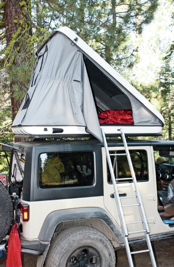 New Jeep Wrangler with Rooftop Tent