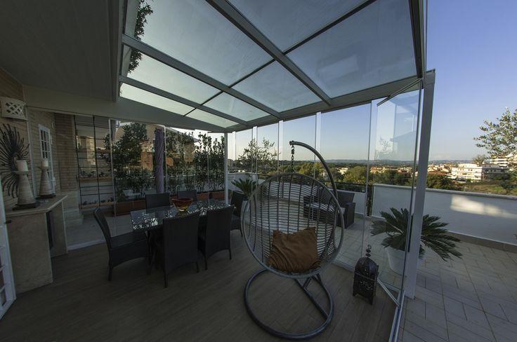 Le terrazze possono essere chiuse anche per finalità energetiche allo scopo di ridurre in modo considerevole i consumi energetici le serre bioclimatiche