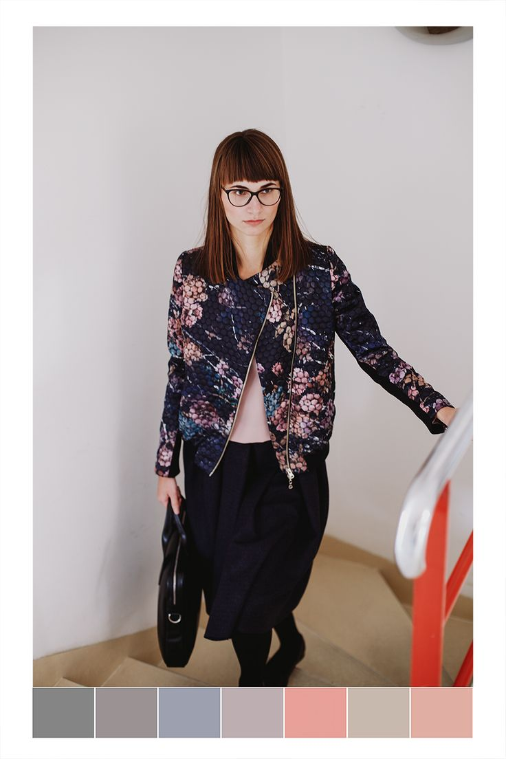 Hanka wears pink blouse by Theó, a bomber jacket and skirt by About, a briefcase by Elega.