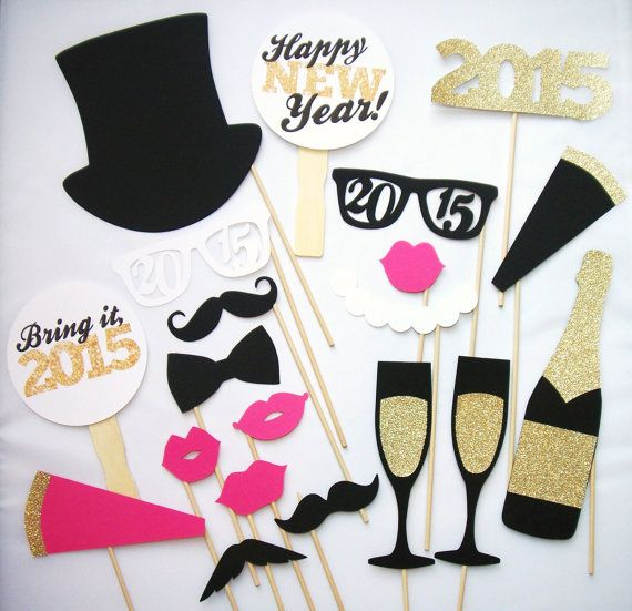 Hey, I found this really awesome Etsy listing at https://www.etsy.com/listing/211900649/20-new-years-photo-booth-props-2015