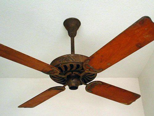 Best 25 antique ceiling fans ideas on pinterest fan in traditional ceiling fans and retro - Lovely vintage ceiling fan ideas ...