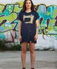 Camiseta Maquina de Coser Azul Marino Over Size, para llevarla como vestido.