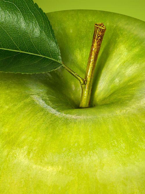 Цвет зеленого яблока фото