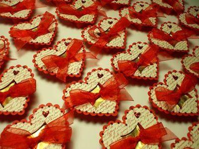 Коробки cremini приводит к сердцу - это Валентина шоколадные сердца