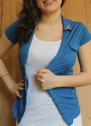 Kup mój przedmiot na #Vinted http://www.vinted.pl/kobiety/topy-koszulki-i-t-shirty-inne/2994185-narzutka-z-krotkim-rekawem-koloru-indygo