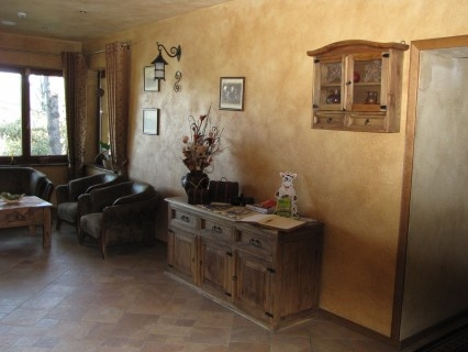 rustikálny nábytok,  http://www.bytovynabytok.sk/34-rustikalny-nabytok