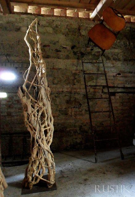Ivy sculpture installation rustik design