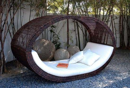 Curl up with a good book!: Outdoor Beds, Rocks Chairs, Outdoor Furniture, Lounges, Places, Backyard, Daybeds, Beds Design, Reading Spots