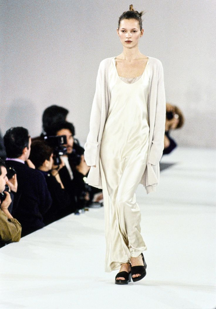 Calvin Klein Collection Spring 1994 Ready-to-Wear Fashion Show - Kate Moss