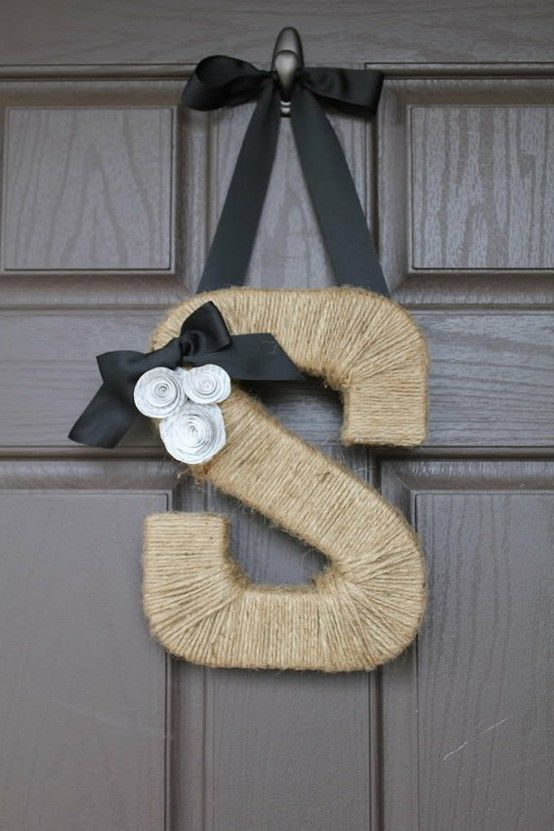 .: Letters Wreaths, Monograms Letters, The Doors, Gifts Ideas, Doors Hangers, Monograms Wreaths, Front Doors, Twine Wraps, Twine Letters