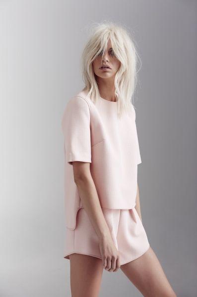 Conjuntinho de short e blusa na cor rosa claro! #Wishlist #comprar #fashion #rosaclaro #look #short #blusa