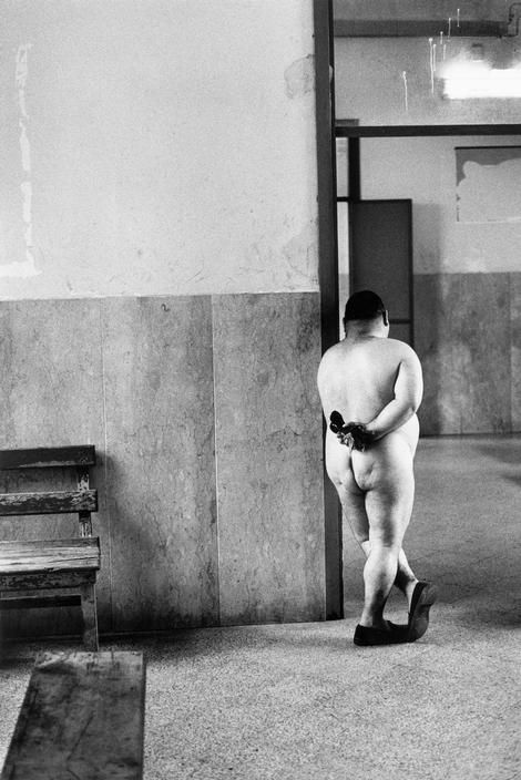 Psychiatric hospital. Palermo, Sicily, Italy 1985. By Josef Koudelka.