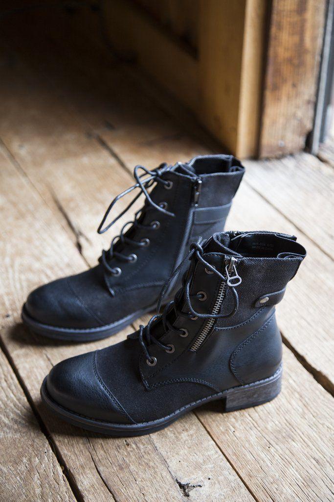 Tilley Canvas Combat Boot Black Boots Combat Boots Combat