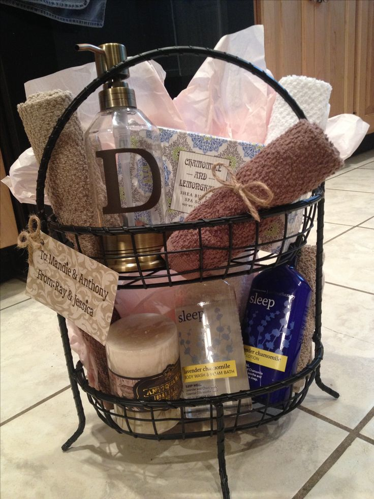 Diy gift basket i made this for a wedding shower gift for Bathroom basket ideas for wedding