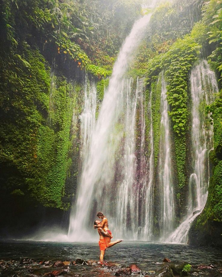 SENARU WATERFALLS This is a spectacular and adventurous full day tour to stunning #waterfall in the north. On the way, enjoy #amazing #coastal and #agricultural views, not to mention those of Lombok's famous #volcano , Mt #rinjani and its lush foothills. While we are in Rinjani National Park, we will visit the towering Sendang Gile Waterfall, located 600m above sea level at the base of the volcano.