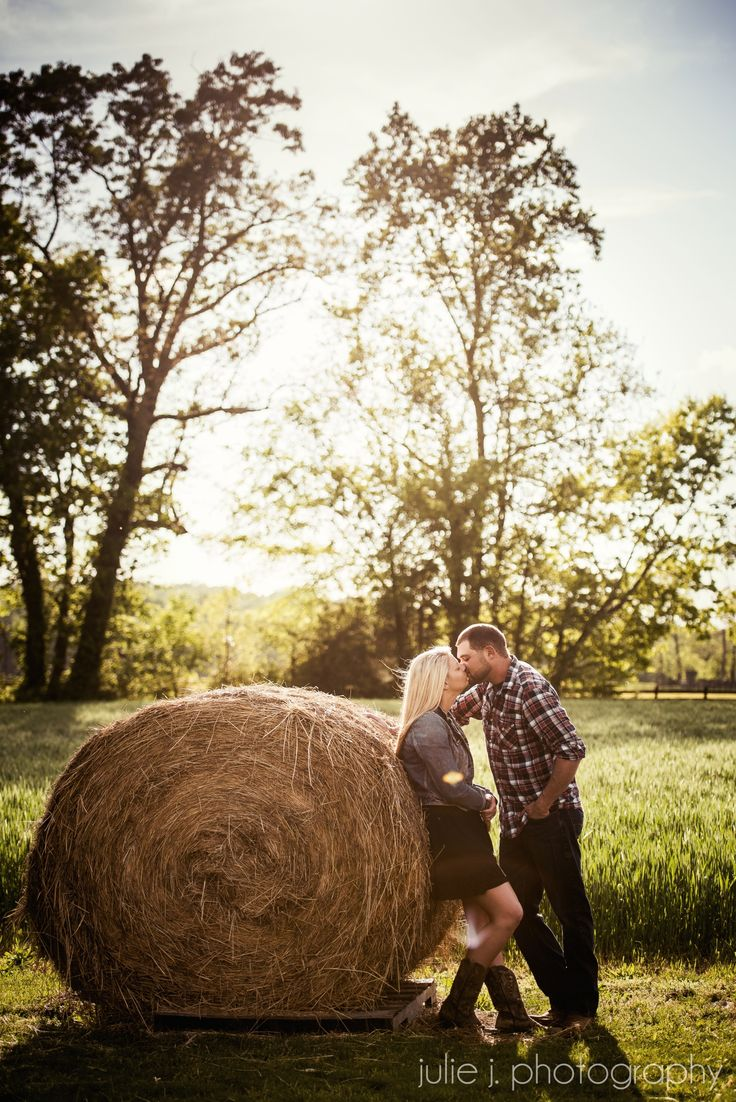 Fairview Farm Engagement Photos, Rustic Virginia Wedding Venues