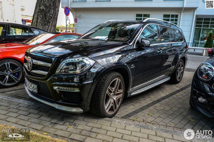 Mercedes-Benz GL 63 AMG X166 3