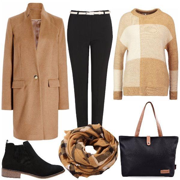 Outfit adatto a tutti i giorni, di facile indosso per tutte le fisicità. Il look è composto dal cappotto beige, il pantalone a sigaretta nero, il maglione beige e panna con un motivo a quadri e lo stivaletto nero come la borsa. A completare la sciarpa in pendant con il cappotto che riprende la fantasia del maglione.