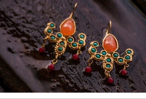 sneakers and pearls, on eoff earrings, gold earrings with semi precious stones, trending now.jpg