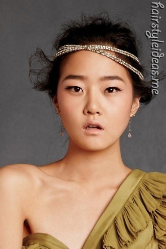 .Hair Down, Asian Models, Hair Piece, Style, Halo, Flappers Girls, Headbands, Headpieces, Hairpiece