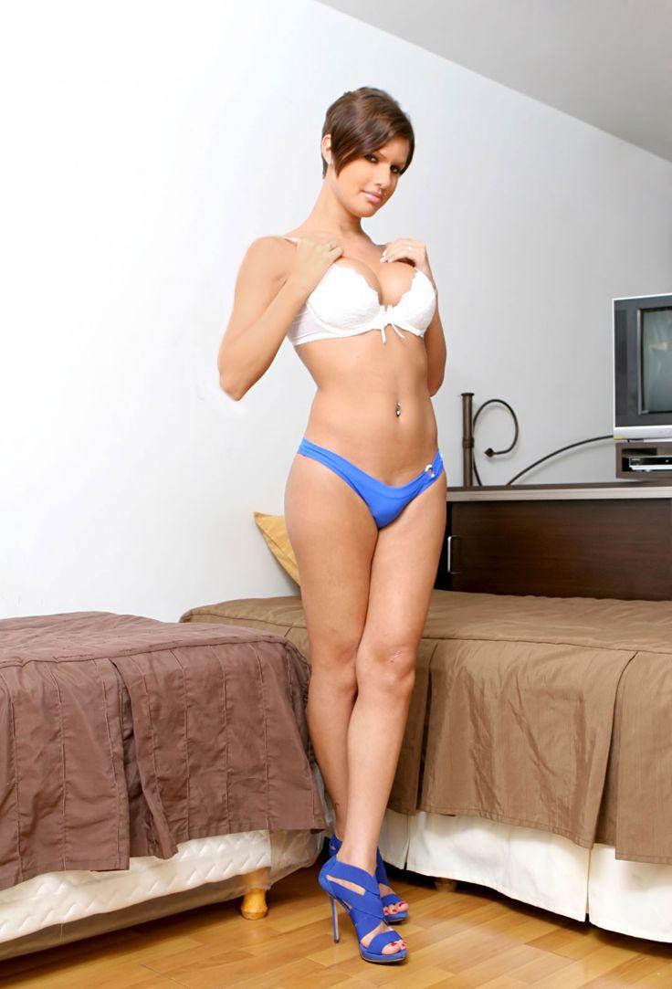 Rhona mita bikini