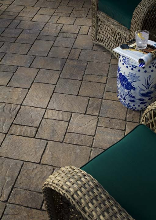 Belgard urbana swimming pool ideas pinterest for Belgard urbana pavers