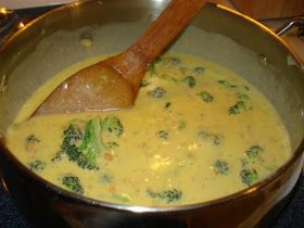 Chili's Bar and Grill Copycat Recipes: Broccoli Cheese Soup