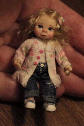 Miniatur-Puppen-Maedchen-ooak-dollhouse-baby-girl-handmade