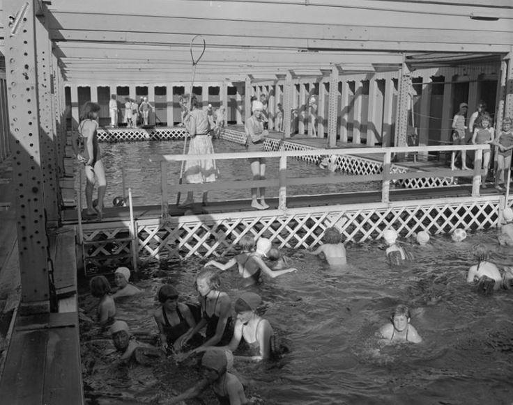 Het drijvend zwembad mallegat 1957