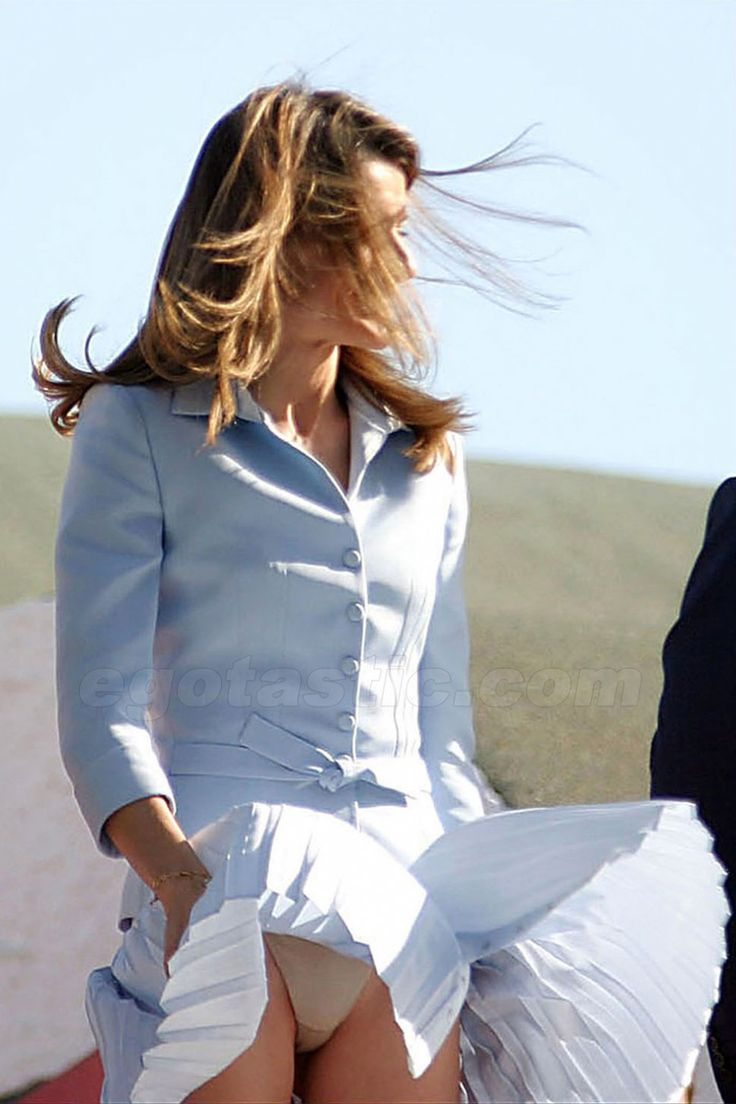 "Oct 2010 - A gust of wind lifted the pleated skirt of Princess Letizia ""Marilyn style"""