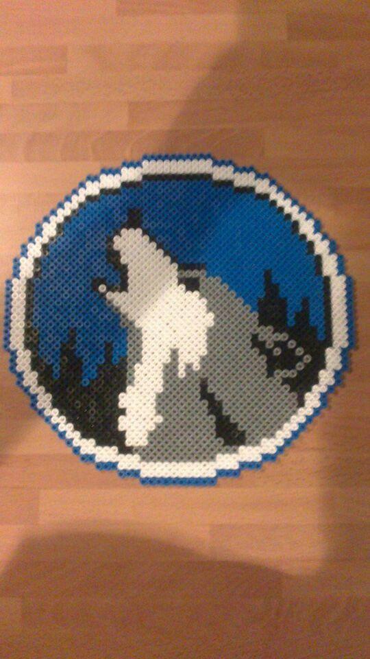 Cuadro redondo lobo animalitos hama beads nuestras - Hama beads cuadros ...