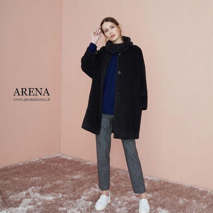 www.Arenadonna.it ad Altamura da ARENA cappotto in alpaca blu con collo a ruota staccabile