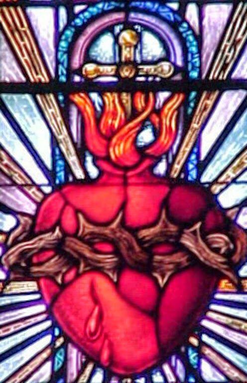 """JEZUS en MARIA Groep.: FEEST VAN HET HEILIG HART VAN JEZUS.. """"Het Heilig Hart van Jezus, het Hart dat tweeduizend jaar geleden begon te kloppen in de schoot van de gezegende Maagd Maria, die het vuur van Gods liefde in de wereld bracht.  Dit Hart van Christus bevat een boodschap voor ons allen. Het spreekt ook tot de hedendaagse wereld."""