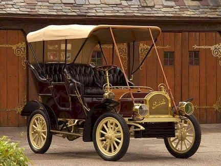 1905 Buick - (Buick Motor Car Co. Flint & Jackson, Michigan 1904-Present)