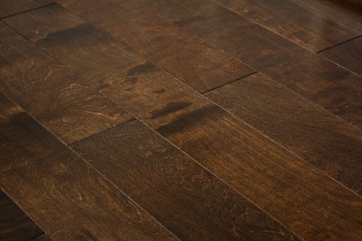 Glamour Flooring in Woodland Hills has the best hardwood flooring selection . visit us at 21030 Victory Blvd Woodland Hills, Ca 91367  www.GlamourFlooringLA.com