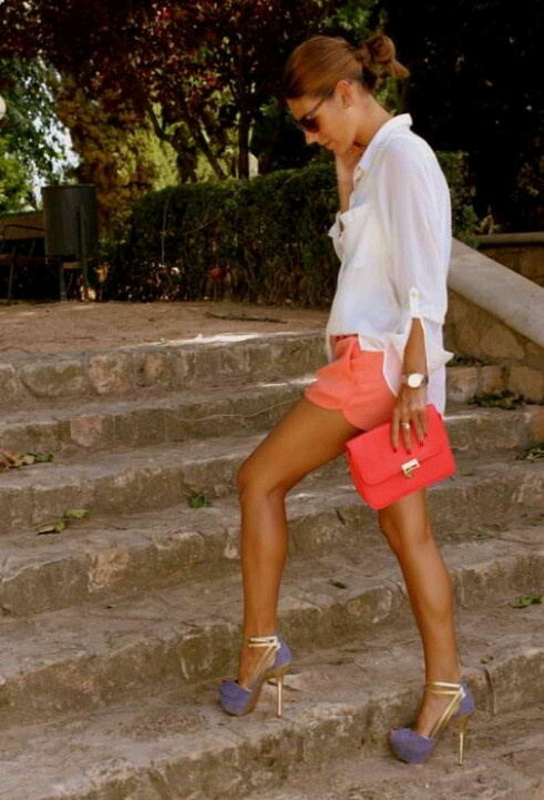 Lavender and gold heels with coral shorts. The way to enhance a stunning tan like Moroccan Tan.