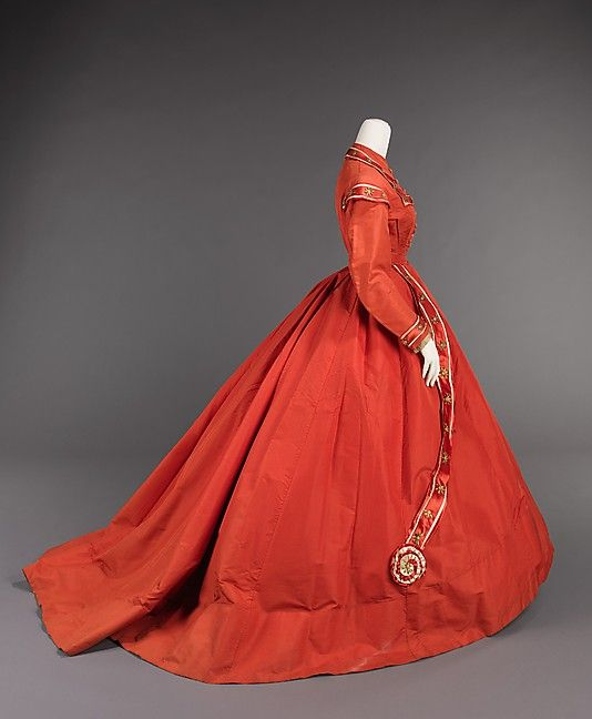 Afternoon Dress Inspired by the Design of Military Uniforms, American, c. 1865 (View 2)