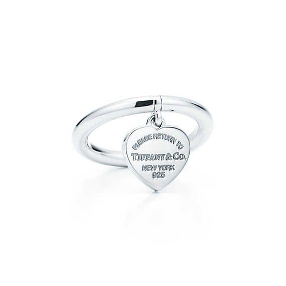 Anel de coração Return to Tiffany™ em prata de lei.