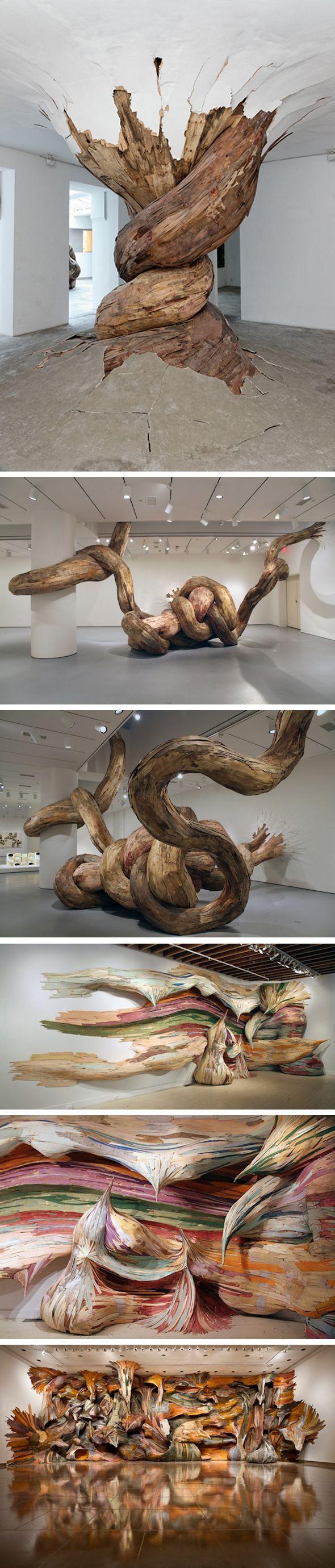 SCULPTURE : Henrique Oliveira. Ces torsions d'arbres semblent perturber la fondation même d'une galerie, chaque installation est unique, Henrique se basant sur les murs et infrastructures du lieu où il expose. A VOIR !!!!!