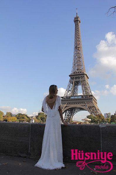 Fransız dantelli gelinlik modelimizin Paris çekimleri.