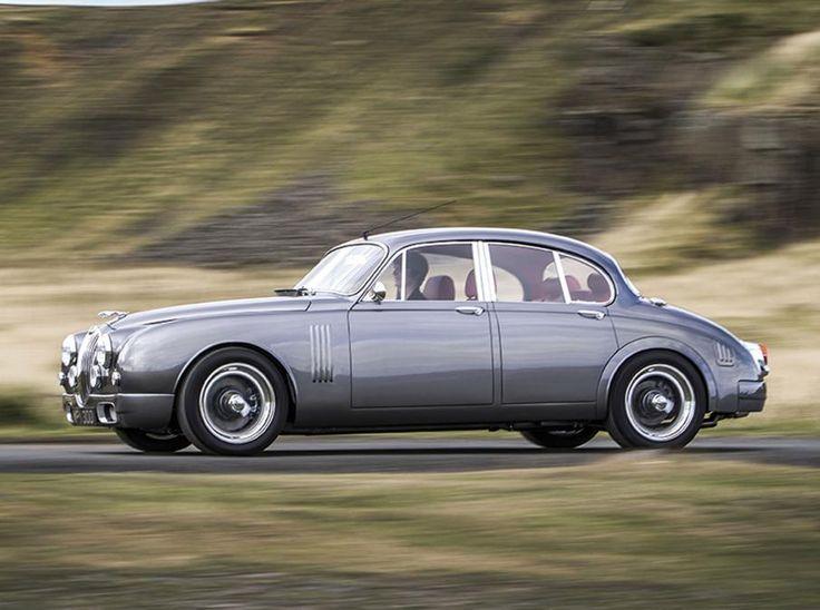 Jaguar Mark 2 by Callum driving