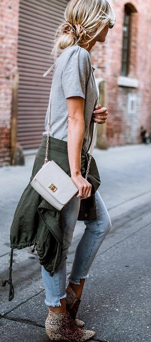 street style obsession: t-shirt + bag + jacket + jeans + boots
