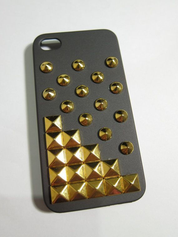 X pyramid studded iPhone 4s case