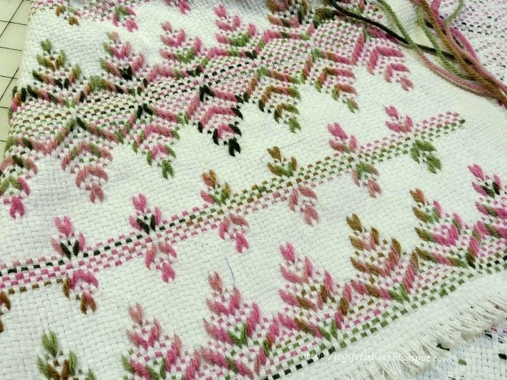 Joy's Jots, Shots & Whatnots: Swedish Weaving & Huck Embroidery