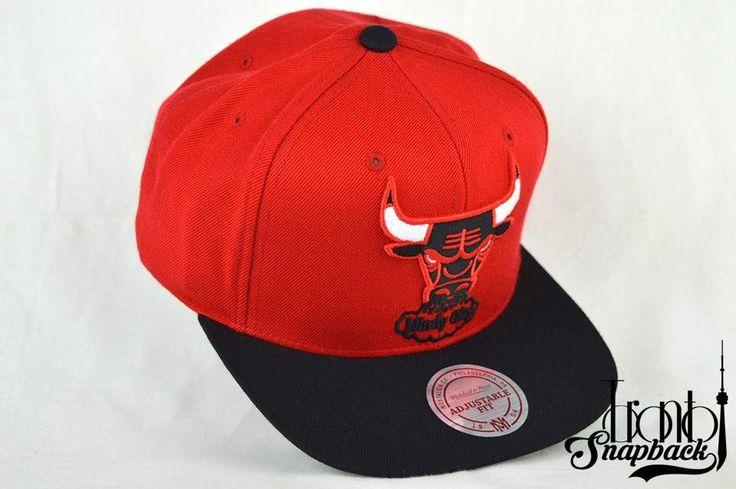 CHICAGO BULLS MITCHELL & NESS XL LOGO 2T RED & BLACK WINDY CITY SNAPBACK HAT / Toronto Snapback