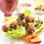 Vietnamese gehaktspiesjes met grove pindasaus