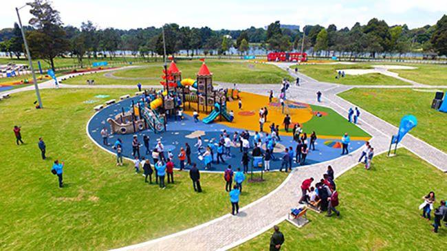 Los Mejores Parques Infantiles Bogotá Para Visitar Children S Spaces Parques Infantiles Parques Bote De Remos