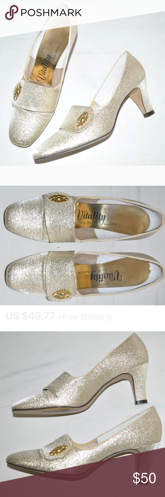Vintage 1950s 60s Vitality Gold  Pumps Heels Shoes Vintage Mid Century 1950s 1960s  Cosmopolitan Vitality Gold Metallic Brocade Embroidered Embossed Pumps Heels Square Toe  Women's Shoes Vintage Size 7  Excellent, gently used condition. See pics. Comes from nonsmoking home. Vitality Shoes Heels